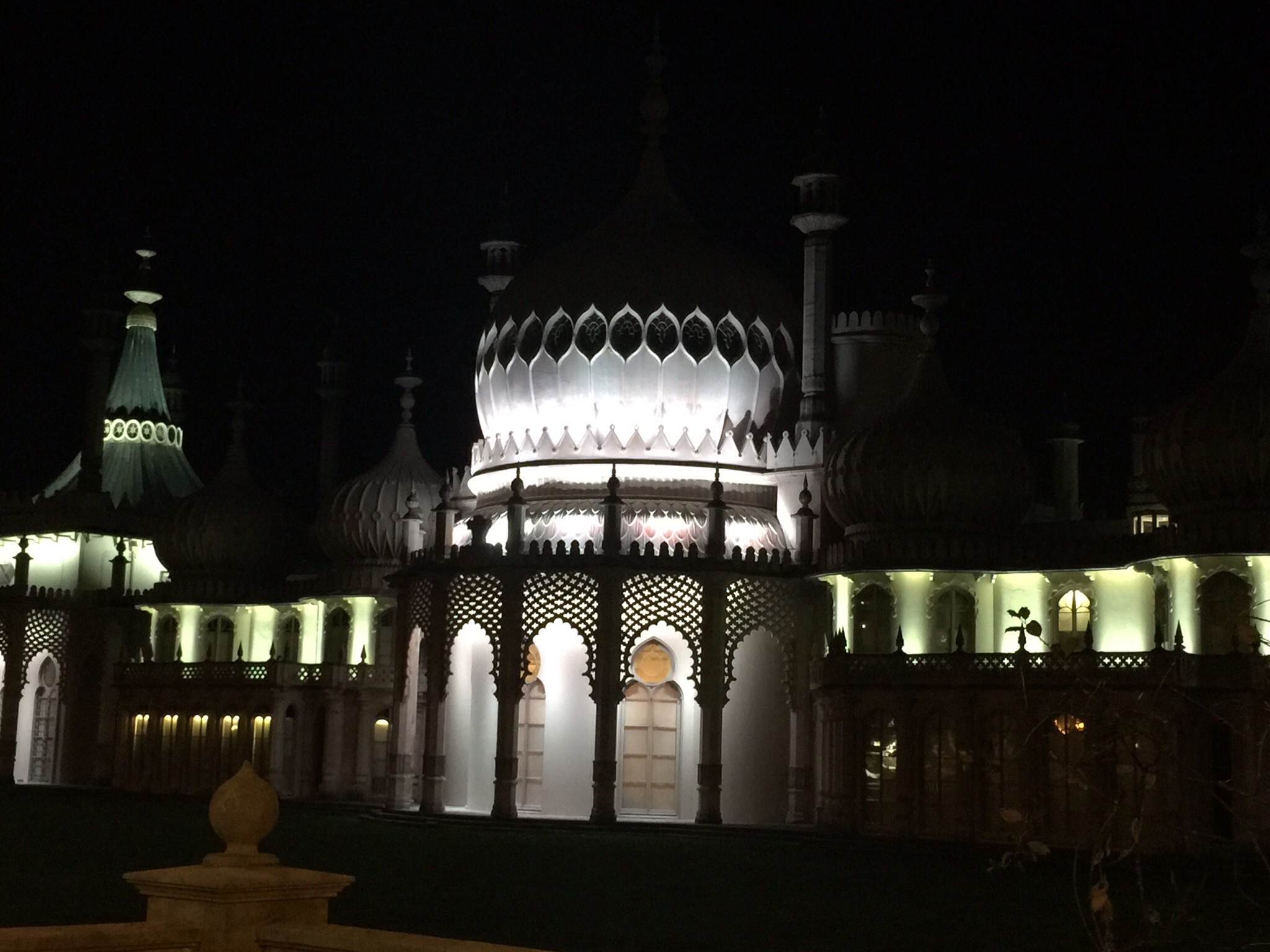 Brighton Pavillion at Night